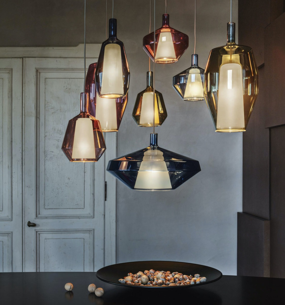 For A Minimalist Or Modern Enviroment Mom Ceiling Lamp It's The Right Way To Create It